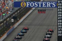 Start: Felipe Massa and Michael Schumacher lead the field