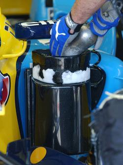 Mechanics use dry ice to cool the car