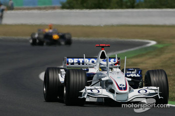 Nick Heidfeld leads David Coulthard