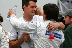 Bruno Spengler congratulated by his race engineer