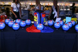 Jeff Gordon Foundation bowling tournament: special Pepsi bowling balls