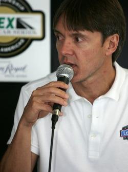 Press conference: Adrian Fernandez