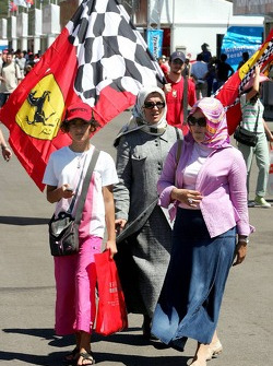 Ferrari fan and women wearing scarfs
