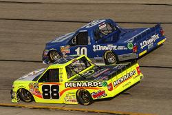 Tyler Reddick, Brad Keselowski Racing Ford, Matt Crafton, ThorSport Racing Toyota