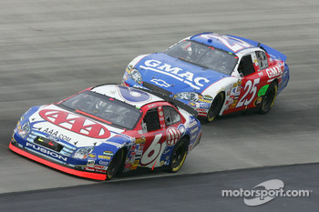 Mark Martin leads Brian Vickers