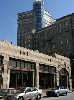Visit of Atlanta: a street scene
