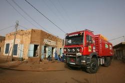 Repsol Ralliart Mitsubishi assistance truck