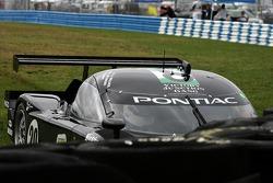 Crash for #20 Howard Motorsports Pontiac Crawford: Andy Wallace, Butch Leitzinger, Tony Stewart