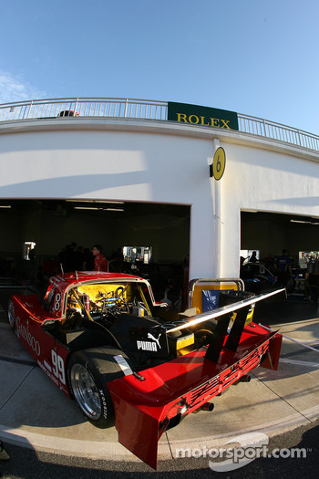 Gainsco Bob Stallings Racing garage area
