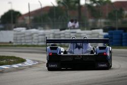 #15 Lowe's Fernandez Racing Lola B05/40 Acura: Luis Diaz