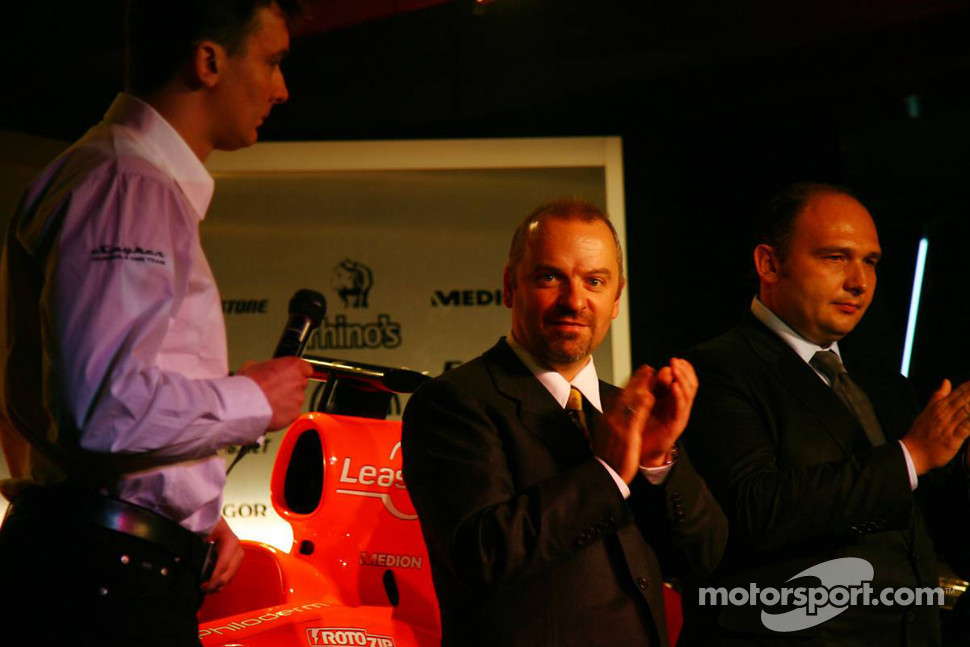 James Key, Spyker F1 Team, Technical Director, Mike Gascoyne, Spyker F1 Team, Chief Technology Officer and Colin Kolles, Spyker F1 Team, Team Principal