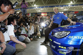 Subaru Impreza WRC2007 launch: Petter Solberg with the new Impreza WRC2007