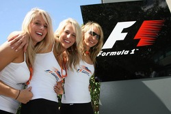 Australian Grand Prix Girls