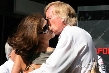 Ron Walker, Australian Grand Prix Corporation Chairman and Slavica Ecclestone, Wife to Bernie Ecclestone