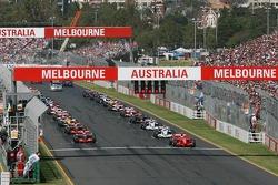 Start, 1st, Kimi Raikkonen, Scuderia Ferrari, F2007, 2nd, Nick Heidfeld, BMW Sauber F1 Team, F1.07, 3rd, Fernando Alonso, McLaren Mercedes, MP4-22
