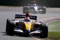 Heikki Kovalainen, Renault F1 Team, Nico Rosberg, WilliamsF1 Team