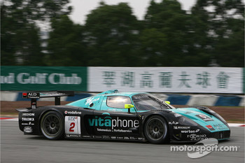 #2 Vitaphone Racing Team Maserati MC 12 GT1: Miguel Ramos, Christian Montanari