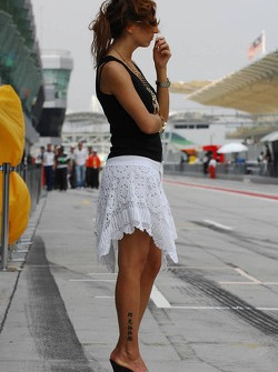 Girlfriend of Vitantonio Liuzzi, Scuderia Toro Rosso