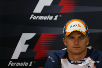 FIA press conference: Heikki Kovalainen, Renault F1 Team