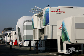 Honda F1 Racing Team, motorhome