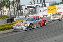 #44 Flying Lizard Motorsports Porsche 911 GT3 RSR: Patrick Long, Darren Law, #45 Flying Lizard Motorsports Porsche 911 GT3 RSR: Johannes van Overbeek, Jorg Bergmeister