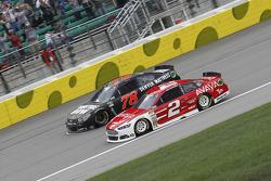 Martin Truex Jr., Furniture Row Racing Chevrolet and Brad Keselowski, Team Penske Ford