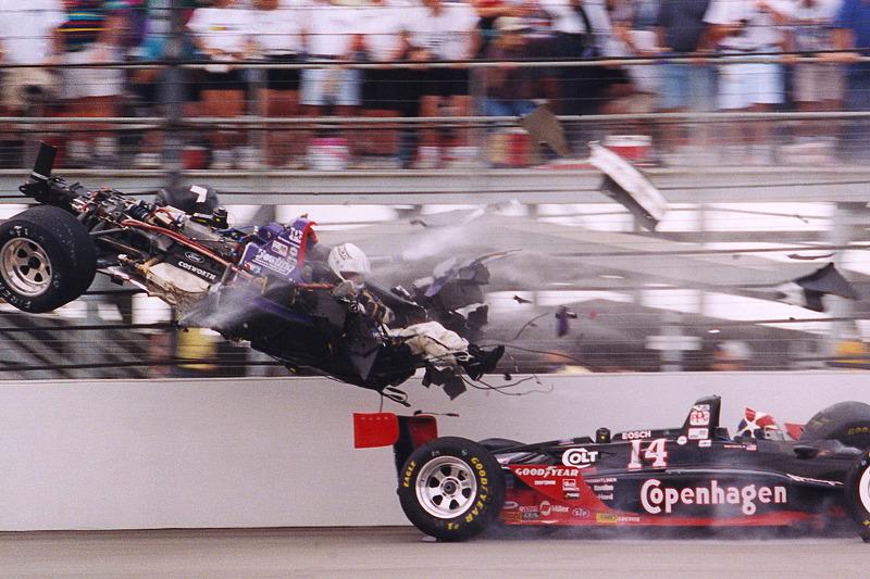 Stan Fox und Eddie Cheever mit heftigem Unfall