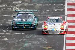 #12 Team Manthey Porsche 997 GT3 R: Otto Klohs, Frédéric Makowiecki, Harald Schlotter, Jens Richter, #5 Black Falcon Mercedes-Benz SLS AMG GT3: Abdulaziz Al Faisal, Hubert Haupt, Yelmer Buurman, Jaap van Lagen