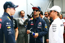 (L to R): Daniil Kvyat, Red Bull Racing with Daniel Ricciardo, Red Bull Racing and Nico Rosberg, Mercedes AMG F1 on the drivers parade