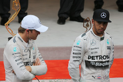 The podium,: Race winner Nico Rosberg, Mercedes AMG F1 with third placed team mate Lewis Hamilton, Mercedes AMG F1
