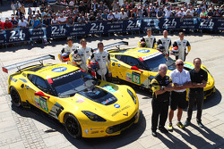 #64 Corvette Racing Corvette C7.R: Jordan Taylor, Oliver Gavin, Tommy Milner and #63 Corvette Racing Corvette C7.R: Jan Magnussen, Antonio Garcia, Ryan Briscoe