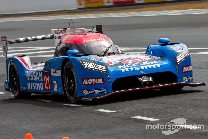#21 Nissan Motorsports Nissan GT-R LM NISMO: Tsugio Matsuda, Lucas Ordonez, Mark Shulzhitskiy at ...