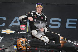 Race winner Josef Newgarden, CFH Racing Chevrolet