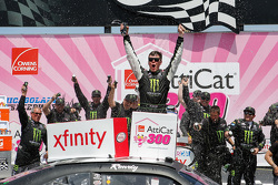 Race winner Erik Jones, Joe Gibbs Racing Toyota celebrates