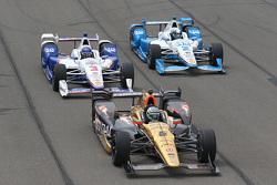 Ryan Briscoe, Schmidt Peterson Motorsports Honda, Helio Castroneves, Team Penske Chevrolet and Juan Pablo Montoya, Team Penske Chevrolet