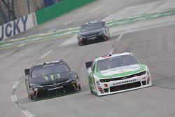 Kyle Busch, Joe Gibbs Racing Toyota and Ty Dillon, Richard Childress Racing Chevrolet