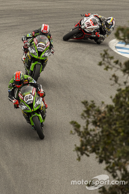 Tom Sykes, Kawasaki Racing, Jonathan Rea, Kawasaki Racing, Leon Haslam, Aprilia Racing Team Red Devils
