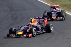 Daniil Kvyat, Red Bull Racing en Max Verstappen, Scuderia Toro Rosso