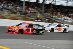 Denny Hamlin, Joe Gibbs Racing Toyota and Michael Annett, HScott Motorsports Chevrolet