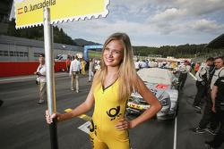 Gridgirl of Daniel Juncadella, Mücke Motorsport Mercedes-AMG C63 DTM