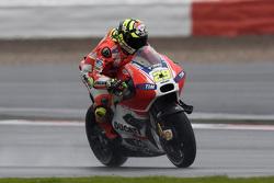 MotoGP 2015 Motogp-british-gp-2015-andrea-iannone-ducati-team