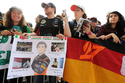 Sahara Force India F1 Team fans banners