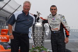 Dario Franchitti with his spotter, Motorsport.com's own Dave Reininger