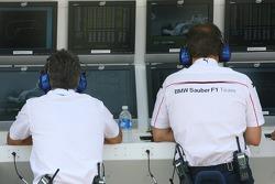 BMW Sauber F1 Team, pit wall