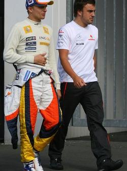 Heikki Kovalainen, Renault F1 Team and Fernando Alonso, McLaren Mercedes