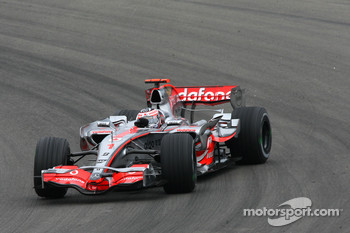 Fernando Alonso, McLaren Mercedes, MP4-22, gets sideways