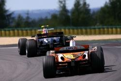 Heikki Kovalainen, Renault F1 Team, Mark Webber, Red Bull Racing