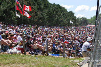 Record crowds at Mid-Ohio