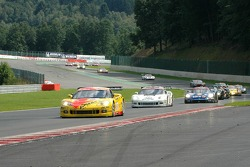 Start: #5 Carsport Holland Corvette C6R: Jean-Denis Deletraz, Mike Hezemans, Fabrizio Gollin, Marcel Fassler leads the field at the bus stop chicane