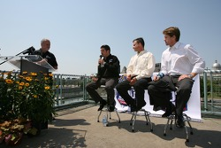 Pre-event press conference: Patrick Carpentier driver for the #22 Dodge NASCAR Busch Series car and #11 SAMAX Pontiac Riley Grand Am Rolex car, crew chief Pierre Kuettel and Carl Edwards driver for the #60 Ford NASCAR Busch Series car